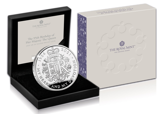 Queens-95th-Royal-Mint-Silver-Proof-5-Pound-Coin-in-box