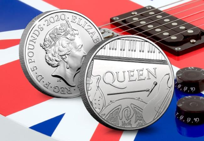The Queen £5 Coin