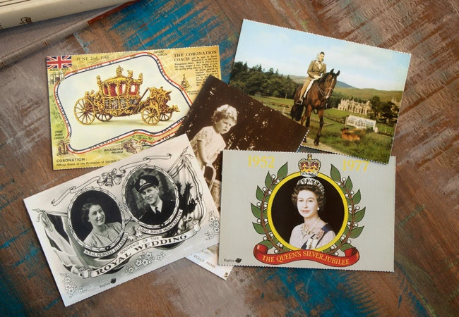 The QEII 95th Commemorative Postcard Set